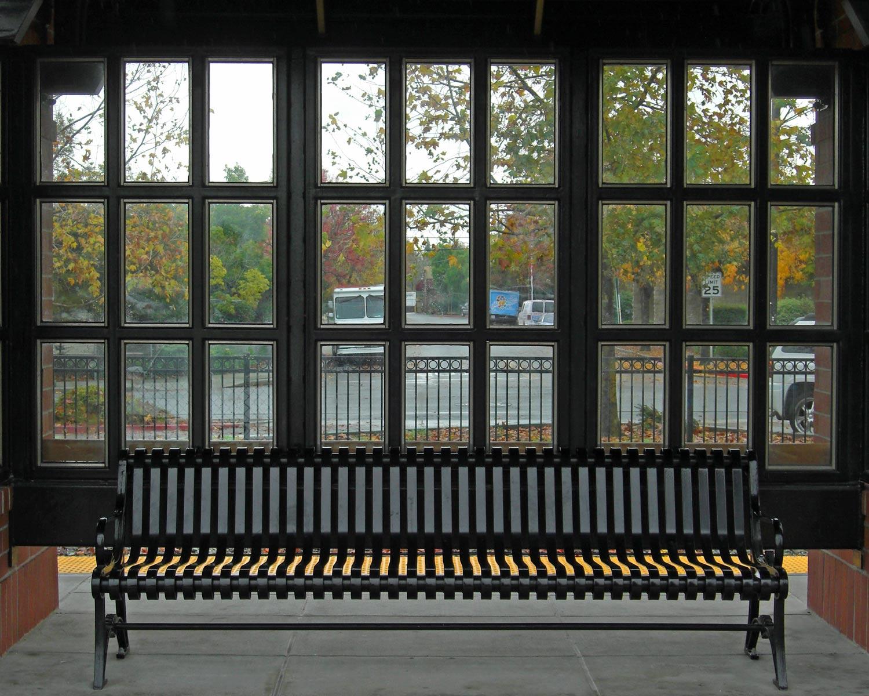 Bench-CIMG0597
