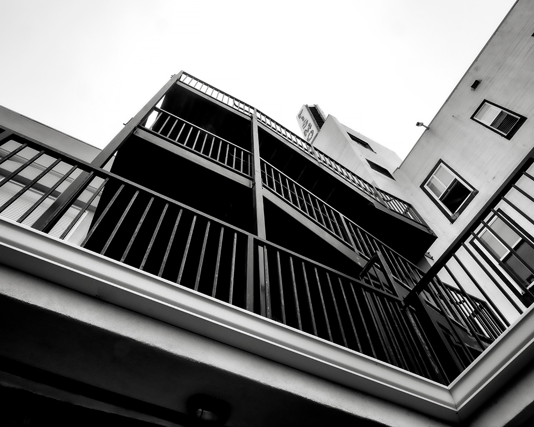 Pismo-stairs-BW-P6150205-web