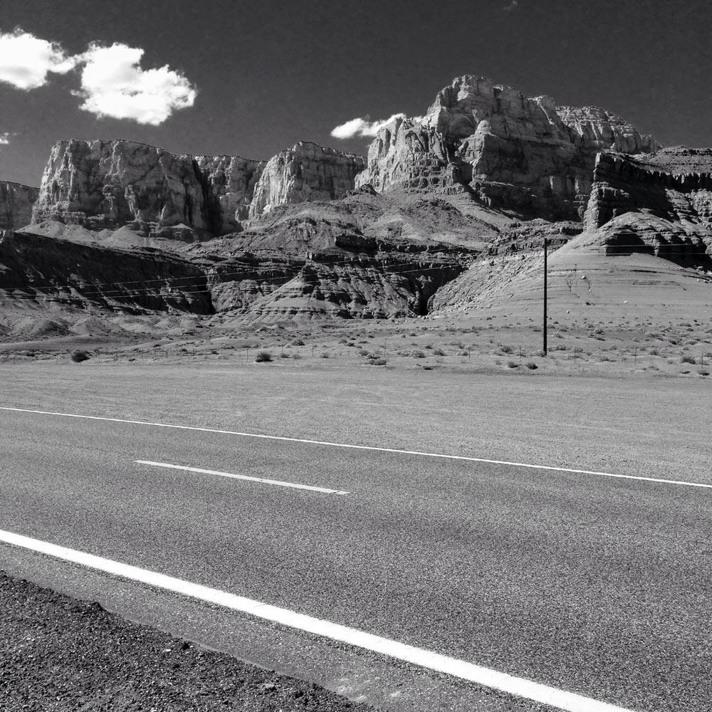 Road-Cliffs-B&W-IMG_2270-web
