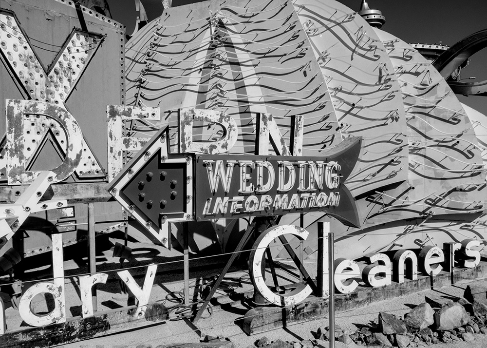 Wedding-B&W-PB070092-web
