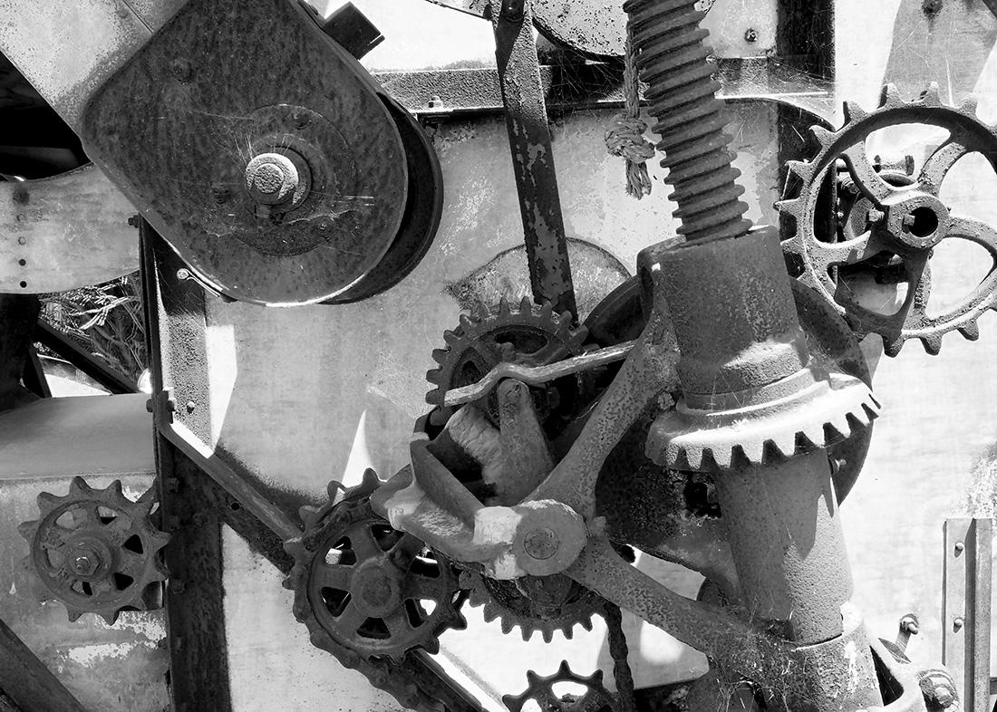 Gear-Gaggle-P6140028-BW-5x7-web